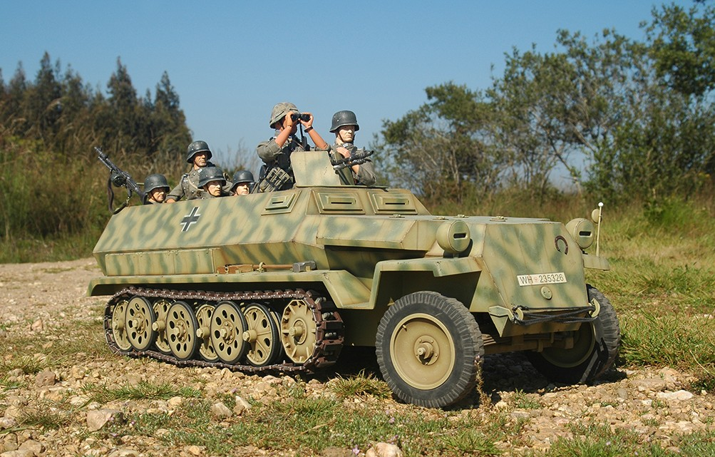 SdKfz 251 Ausf.C 28